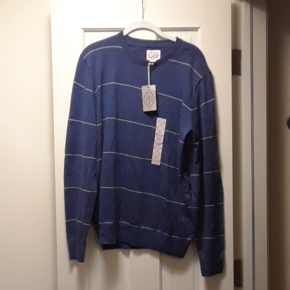 St. John's Bay Other - Mens sweater